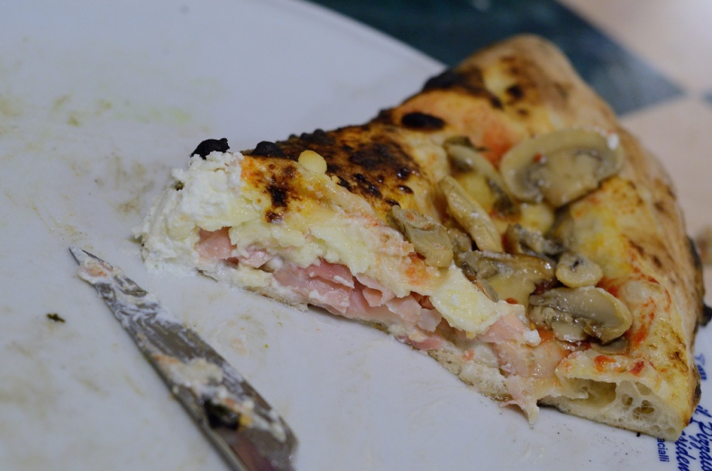 Presidente pizza naples italy ripieno