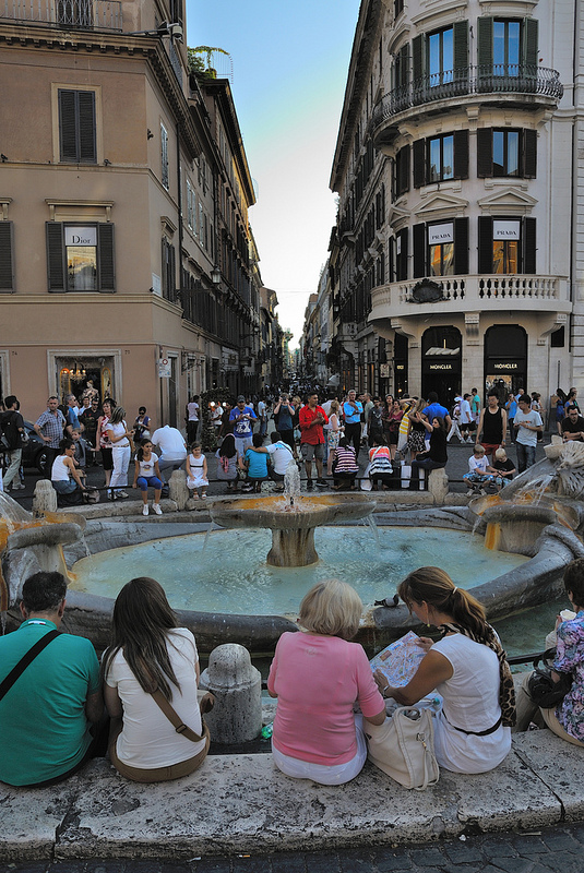 Roma Italy Spanish steps fountain