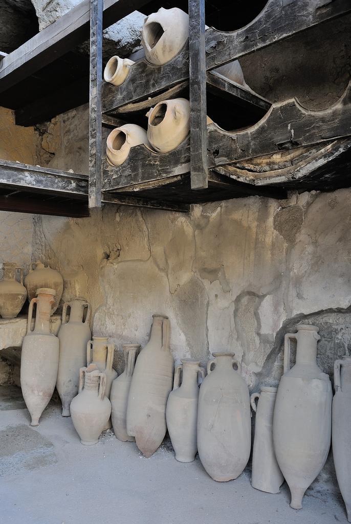 nikon v1 vases urns vessels