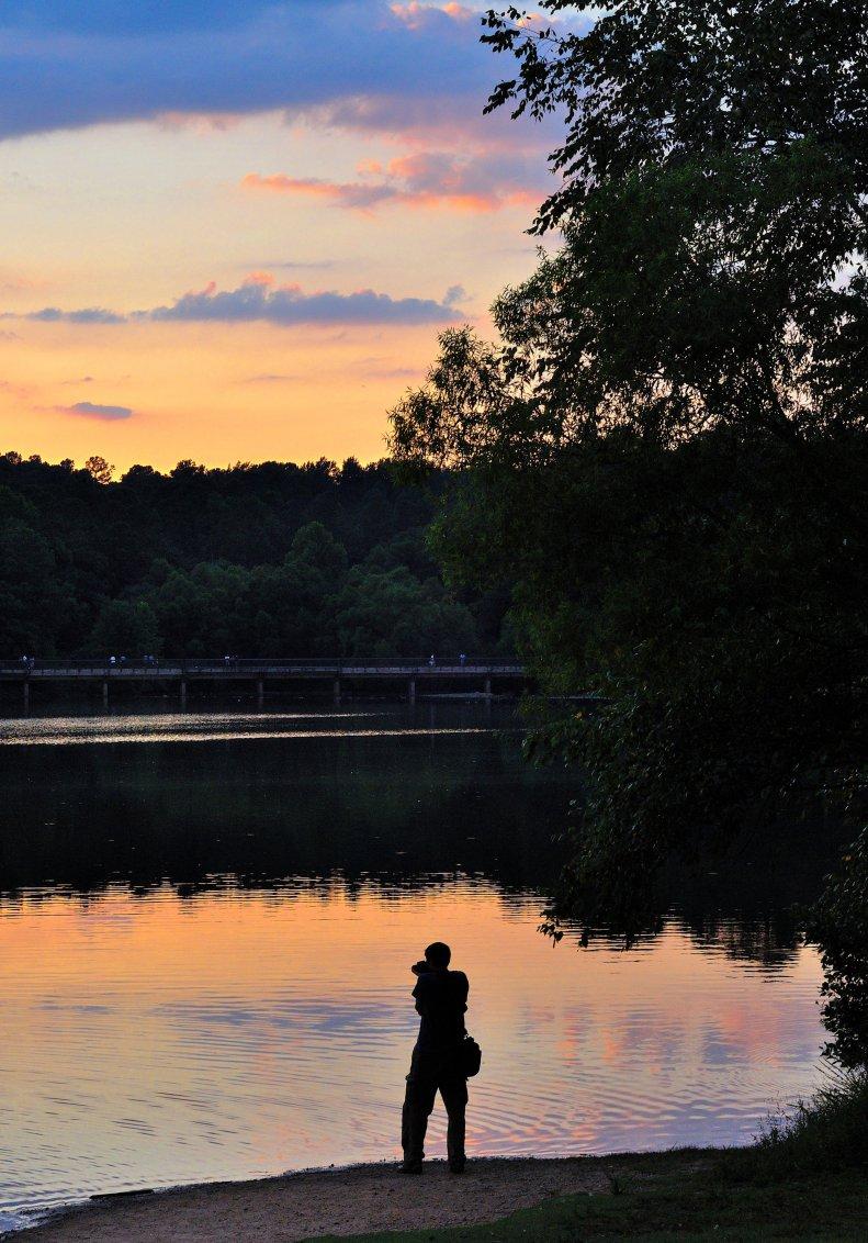 sunset nikon lake d90 50mm silhouette reflections water